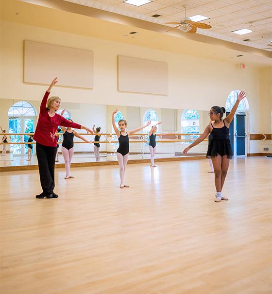 About Études de Ballet, a Naples, Florida dance studio