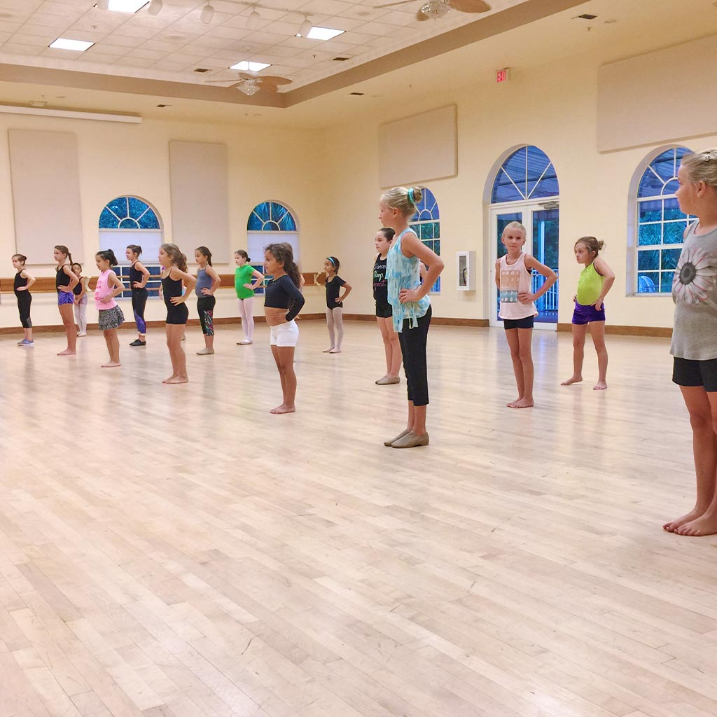 Pre-School Dance Class: Jazz & Lyrical for 5 to 12 years old | Études de Ballet in Naples, FL