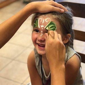 Face painting at dance summer camp in Naples, FL | Études de Ballet