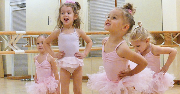 Pre-School Dance Classes for students ages 18 months to 5 years | Études de Ballet in Naples, FL