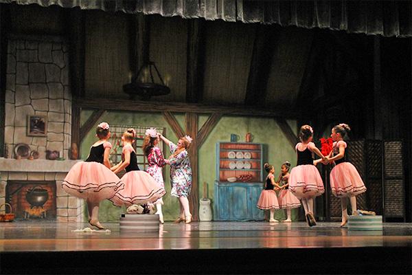 Purchase ballet dance performance tickets   Études de Ballet in Naples, FL