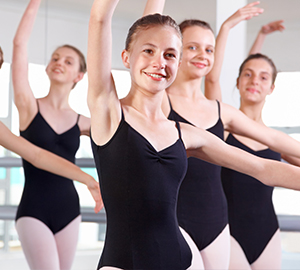 Teenage Dance Classes for students ages 12 to 19 years | Études de Ballet in Naples, FL