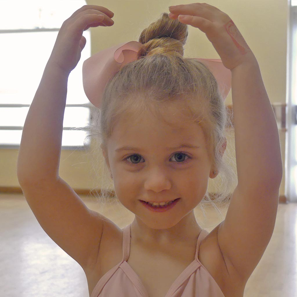 Pre-School Dance Classes: Tap & Twirl for 4 to 5 years old | Études de Ballet in Naples, FL