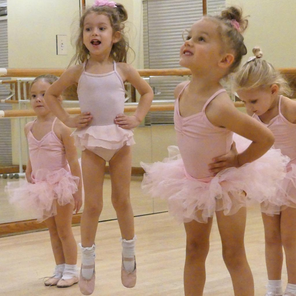 Tap & Twirl Pre-School Dance Class for boys and girls | Études de Ballet in Naples, FL